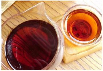 茶市遇冷 部分高价普洱茶价格下跌四到六成